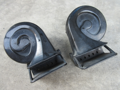 Horn mounting (6)