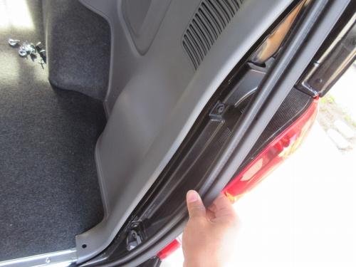 Rear Speaker (6)
