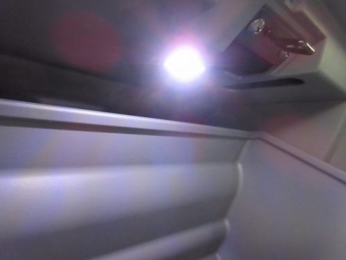 glove-box-lighting-16