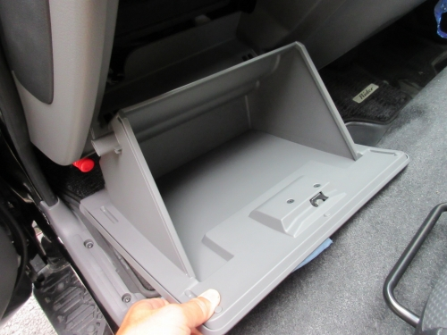 glove-box-lighting-6
