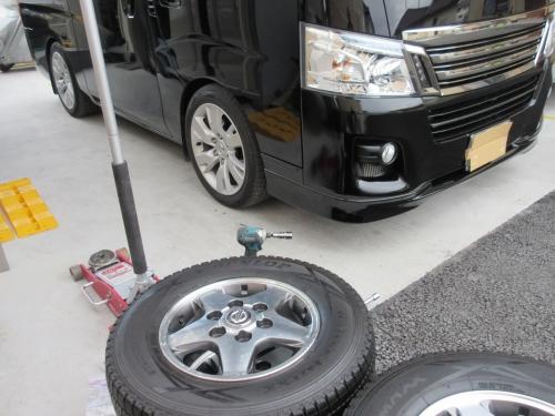 tire-changing-method-1