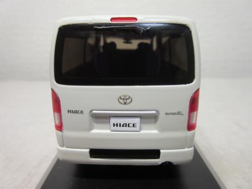 200Hiace (6)
